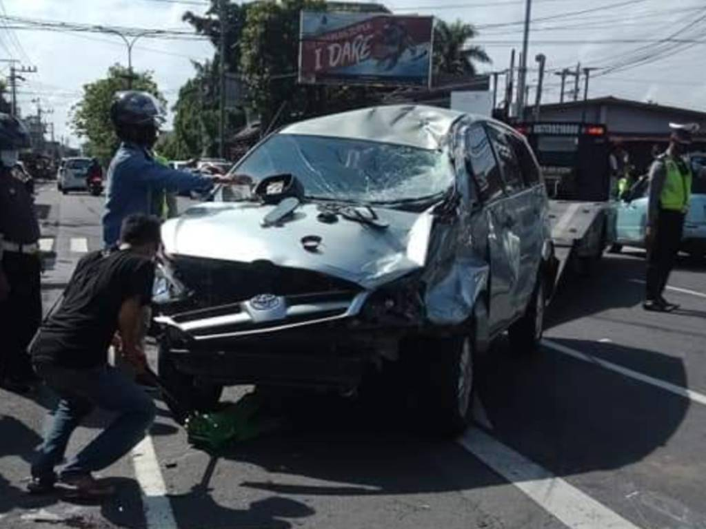 Kecelakaan hebat